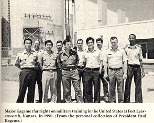 Kagame během výcviku na americké základně Fort Leavenworth v Kansasu v r. 1990